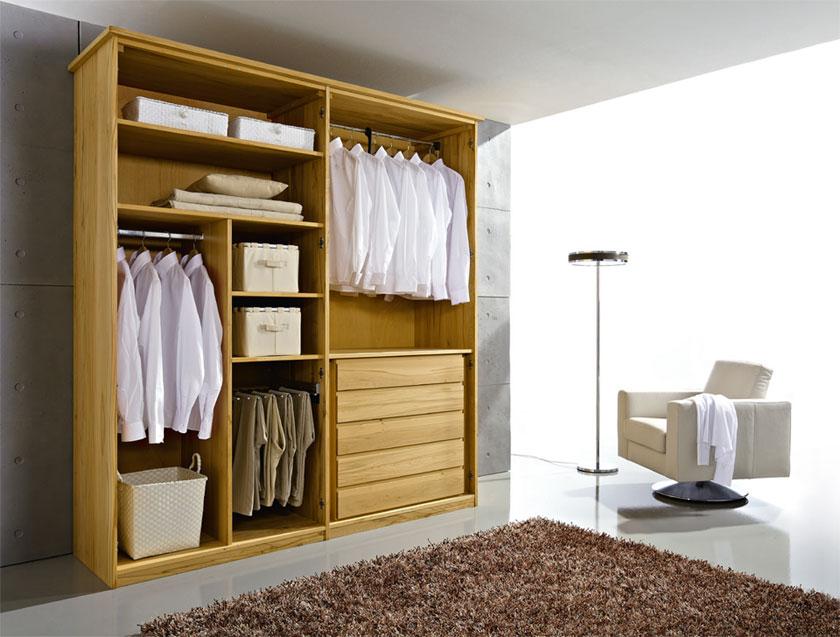 Kleiderschrank 4-Türer